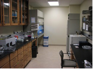 Image of Cell Culture and Media Prep Rooms at biology department